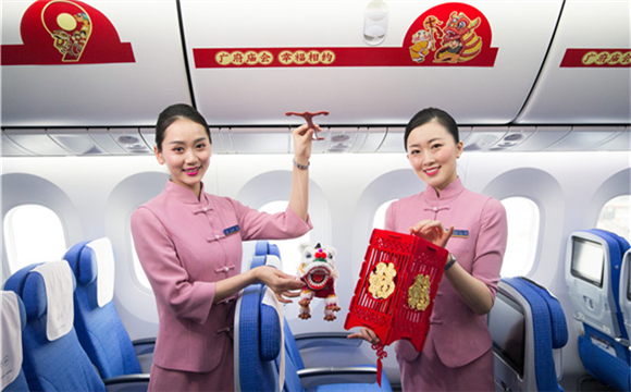 Airborne temple fair held on China Southern Airlines' flights