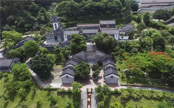 13-year history of Shennong Caotang Museum